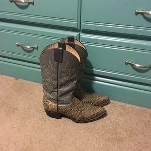 Men's Size 11 Tony Lama boots